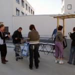 Die Marktstände wurden für die Nutzung vorbereitet. Bild: Ines Fischer