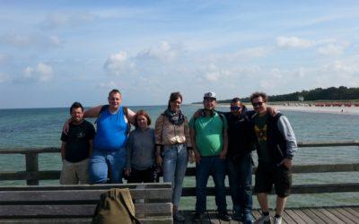 WG-Teamwork beim Zelten an der Ostsee