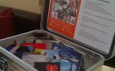 """Die """"Bücher-Box"""" für unsere Kund*innen – kurz vorgestellt"""